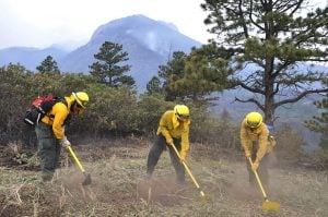 AFPSC firefighters take on Colorado wildfires